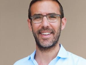 Joshua Weitz, professor, School of Biological Sciences